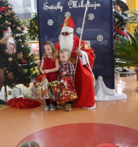 Przedszkole Radgoszcz - wizyta św.Mikołaja65